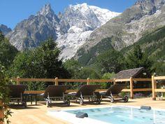 Auberge de la Maison**** à Courmayeur, niché au pied des glaciers du Mont Blanc.