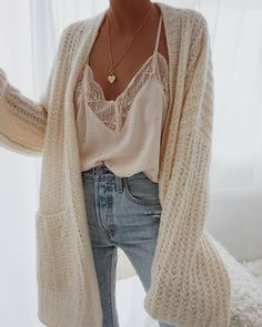 idées inspiration tenues automne-hiver inspiration ideas fall-winter outfits Be Badass II Fashion & Lifestyle Fashion Mode, Look Fashion, Autumn Fashion, Womens Fashion, Lifestyle Fashion, Christmas Fashion, Sweet Fashion, 70s Fashion, Fashion 2018