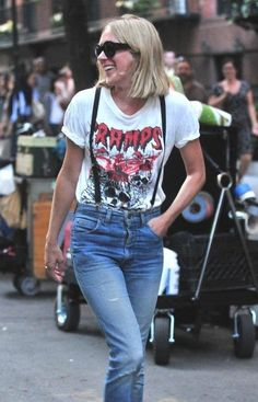 I want her t-shirt!