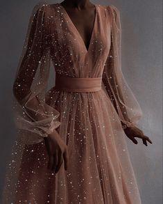 Pretty Prom Dresses, Ball Dresses, Elegant Dresses, Pretty Outfits, Cute Dresses, Beautiful Dresses, Ball Gowns, Evening Dresses, Fantasy Gowns