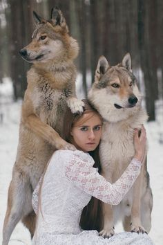 Katerina Plotnikova - Photographic Tales, the alchemy between woman/man and animal