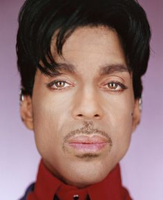 Prince, 2004 - Martin Schoeller (1968, American/German) Digital chromogenic print