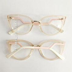 """f937ef393 Menina Flor ♡ LOJA ONLINE on Instagram: """"💕 LANÇAMENTO 💛 . . 🌸Armação  para grau 🌸 - 🔍Modelo - MARRIE 🔍 { Digite o nome do óculos na busca do  site que ..."""