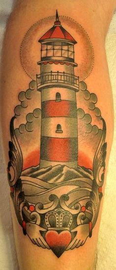 tattoo old school / traditional nautic ink - lighthouse with claddaugh Daddy Tattoos, Sailor Tattoos, Sea Tattoo, Tattoo You, Tattoo Pics, Traditional Ink, Traditional Tattoos, Lantern Tattoo, Desenho Tattoo