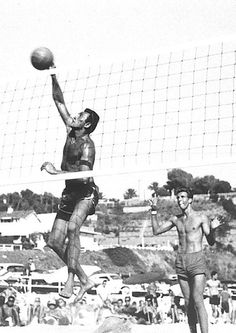 Mr. Gene Selznick, a legend of sand volleyball, died in June 2012 at the age of 81. He would coach the U.S. Men's Beach Volleyball team at its Olympic debut in 1996.