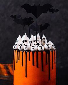 Halloween Desserts, Halloween Torte, Pasteles Halloween, Bolo Halloween, Recetas Halloween, Halloween Donuts, Hallowen Food, Halloween Goodies, Halloween Food For Party