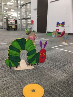 Pre k and Kinder activity. Picture Book Putt-Putt Hole The Very Hungry Caterpillar (SLCL Oak Bend Library Mini Golf) Library Games, Library Events, Library Activities, Library Lessons, Children's Library, Teen Activities, Library Lesson Plans, Library Week, Library Signs
