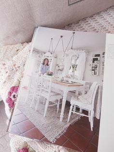 """Wohnreportage im Buch """"Wohnen-ganz romantisch"""" Book, Ad Home, Homes"""