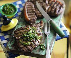 Grillowany stek z polędwicy wołowej z chimchurri. Kuchnia Lidla - Lidl Polska. #lidl #grill #stek