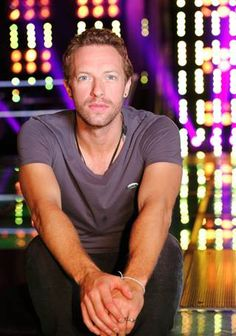 Coldplay's Chris Martin joins 'The Voice' in new twist