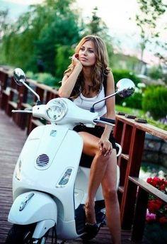 #scootergirl #scootergirls #scooter #motorscooter #vespa #vespagirl #vespagirls Scooter Girl, Mod Scooter, Vespa Girl, Lambretta Scooter, Scooter Motorcycle, Vintage Vespa, Vintage Bikes, Vintage Motorcycles, Lady Biker