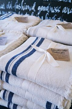 Local hand woven Linen Tablecloths from the Klein Karoo. Linen Tablecloth, Tablecloths, Home Gifts, Hand Weaving, Food, Table Toppers, Hand Knitting, Burlap Tablecloth, Table Covers