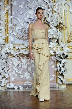 Alexis Mabille : Runway- Paris Fashion Week - Haute Couture S/S 2014