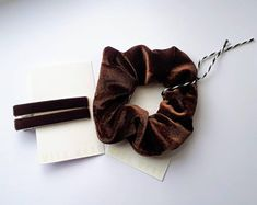 Brown Velvet Hair Clips 60mm Strong Alligator Clip with teeth. Lead and Nickel free clip.  Beautiful Soft Brown Velvet Scrunchie  Our Premium scrunchies are much kinder than regular elastics = less snags and breakage. Super comfortable to wear! They won't snap or break and will easily become your favourite everyday hair tie!   ♥Our premium OEKO-TEX Certified elastic that we use sets us apart from others. Velvet Scrunchie, Velvet Hair, Everyday Hairstyles, Scrunchies, Hair Ties, Teeth, Hair Accessories, Strong, Etsy Shop
