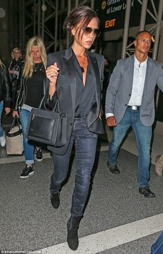 Victoria Beckham jets out of LAX looking stylish as ever in all black - The finishing touch: Victoria completed her look with a bag from her own range which hung … - Moda Victoria Beckham, Victoria Beckham Outfits, Victoria Beckham Style, Casual Work Outfits, Mode Outfits, Work Casual, Fashion Outfits, Womens Fashion, Fashion Trends
