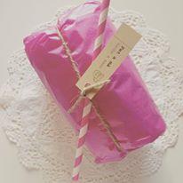Packaging preparado 100% a mano. SHOP ONLINE: WWW.MOS-TAZA.COM