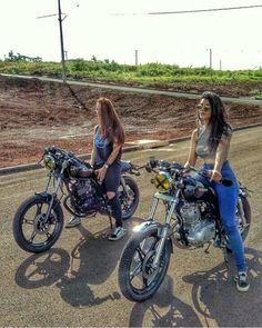 いいね!1,869件、コメント13件 ― Motorcycle Spiritさん(@motorcyclespirit)のInstagramアカウント: 「The wonderful motobabe @lc.soares with de beauty @thaimanica」