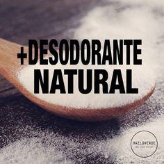 """""""El Bicarbonato de sodio posee múltiples beneficios, uno de ellos es el de ser un excelente Desodorante Natural!  Desodorante Corporal: Aplica una pequeña…"""""""