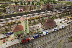 miniatur stasiun kereta api