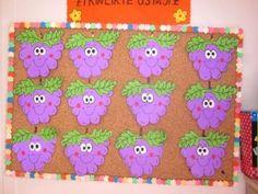http://www.preschoolactivities.us/fruit-vegetable-craft-idea-for-kids/