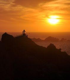 Coquimbo (Faro de la Tortuga), La Serena, Chile  #travel #Chile #sunset