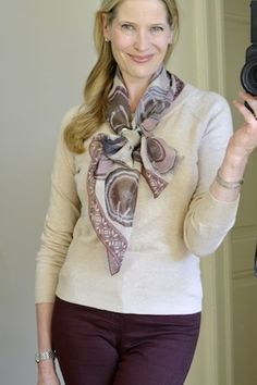 Most of my scarves are the silk or silk-like squares and oblongs. I like this look.