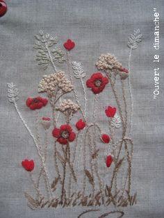 Sans noblesse, sans ostentation, frêle, gracileet à la vie on ne peut plus courte, le coquelicot est le signe du printemps que...