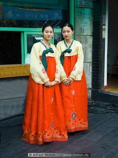 Korean women in traditional dress