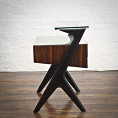 Gio Ponti; Mahogany, Palisander and Glass Nightstand, c1950.