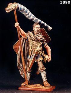 dacian warrior - Google Search Liberia Africa, Romanian People, Celtic Warriors, Fantasy Paintings, Picts, Ancient Civilizations, Roman Empire, Types Of Art, Warfare
