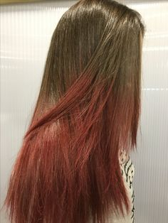 Red balayage ombre The Room