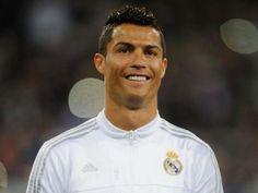 Cristiano Ronaldo habla sobre lo feliz que se siente con Zinedine Zidane como estratega.