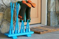 This winter, give muddy, salt-stained floors the boot with this clever stand, a perfect resting place for wet Wellies and snowy footwear. Ours gets a stylish upgrade from a mix of turned-wood stair balusters. Hit up your local salvage yard or pick up new Do It Yourself Furniture, Diy Furniture, Home Projects, Projects To Try, Boot Storage, Diy Storage, Boot Rack, Garage Pergola, Pergola Kits