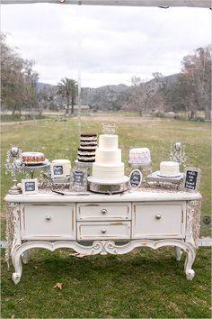 mix and match cake table @weddingchicks