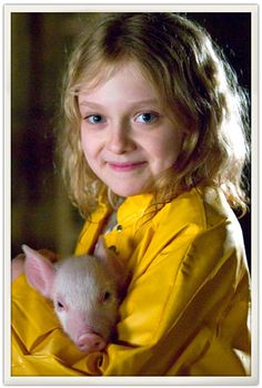 Charlotte's Web – Director Gary Winick – starring Dakota Fanning with the voice of Steve Buscemi The most engaging adaptation of E. White's classic pig tale Dakota Fanning, Charlottes Web Movie, Media Watchdog, Little Red Ridding Hood, Dynamic Duos, Film Movie, Movies, Little Pigs, Cute Images