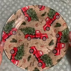 How to decoupage christmas cookie plates fun christmas craft to make cookie plate for the kids! xmas red truck cookie plate tutorial step by step instructions how to mod podge clear plates dollar store craft 50 amazing christmas craft fr kid design ideen Christmas Crafts For Kids, Simple Christmas, Holiday Crafts, Christmas Christmas, Christmas Red Truck, Dollar Store Christmas, Christmas Tables, Christmas Sewing, Diy Christmas Gifts Videos