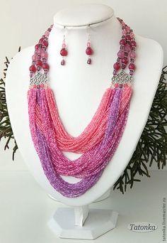 Beautiful!! Seed Bead Jewelry, Stone Jewelry, Pendant Jewelry, Jewelry Sets, Beaded Jewelry, Jewelry Necklaces, Beaded Necklace, Handmade Necklaces, Handmade Jewelry
