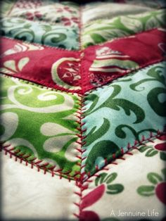 Sewing tutorial to make a pieced quilt mini Christmas tree skirt