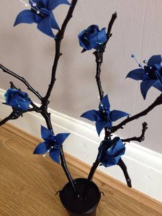 Blue twig tree, made by EverlastingFold :)