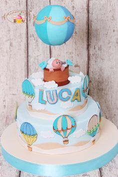 Torturi de vis: Tort de botez cu baloane pentru Luca