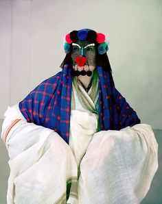 Damselfrau-Magnhild Kennedy Embellished masks