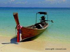 A link to the entire Photo Set of Thailand Boats!