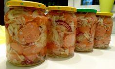 Pickled sausage from Prýglu - Brněnští utopenci z Prýglu recept - TopRecepty. Sausage Recipes, Fresh Rolls, Pickles, Shrimp, Sandwiches, Pavlova, Appetizers, Food And Drink, Homemade