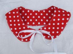 Peter Pan collar with round tips - 100% cotton,  polka dots