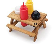 picnic R$59,00 cho-ran-do.juro.coisa már linda que já vi em vida.porta sal, pimenta, ketchup, mostarda e tudo o que uma refeição decente exige e demanda.novinho em folha, nunca usado,