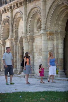 Une visite à l'église Notre Dame - Surgères