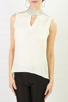 Resultado de imagen para blusas de chifon con cuello sin mangas