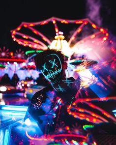 The original purge mask on sale!😈 Link in bio👻 Smoke Wallpaper, Phone Screen Wallpaper, Neon Wallpaper, Gas Mask Art, Masks Art, Smoke Photography, Urban Photography, Photography Portraits, White Photography