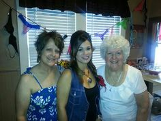 MomJenny,Grammy nitey shower
