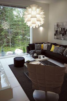 Woodnotes Swivel k chair at the livingroom. Cubo 25. Interior décor. Interior design. Black and white. Modern. Finnish design. Nordic home. Seinäjoen Asuntomessut 2016.